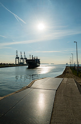 Antwerp harbour - p1132m925561 by Mischa Keijser
