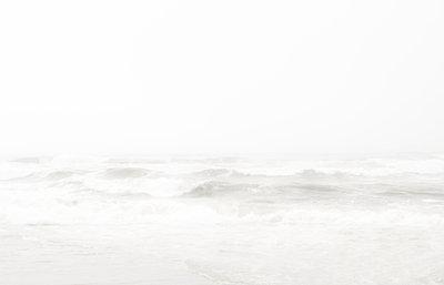 Pazifik im Nebel - p342m970634 von Thorsten Marquardt
