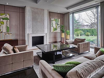 Luxuriöses Wohnzimmer - p390m2185893 von Frank Herfort