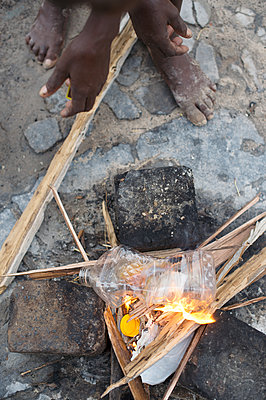 Africa, Namibia, Firepit - p1167m2272274 by Maria Schiffer