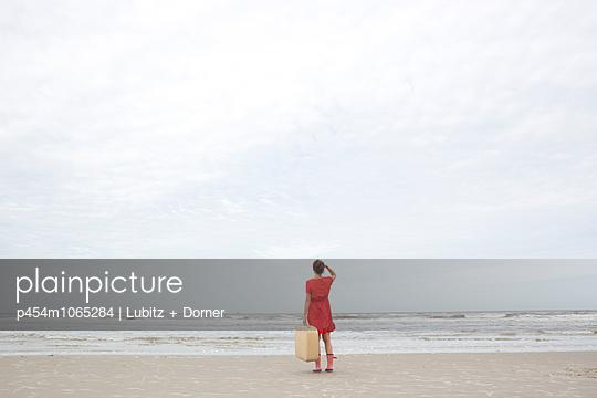 Der Himmel und das Meer - p454m1065284 von Lubitz + Dorner