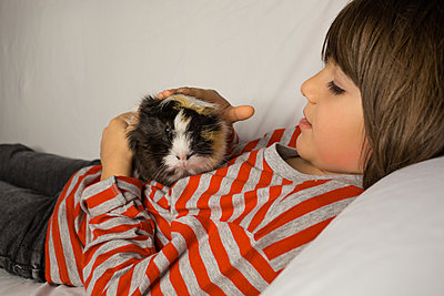 Little friends - p1623m2221862 by Donatella Loi