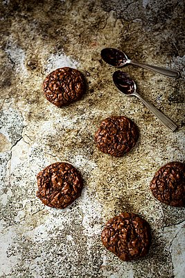 Totally chocolate cookies - p1392m1440969 by Federica Di Marcello
