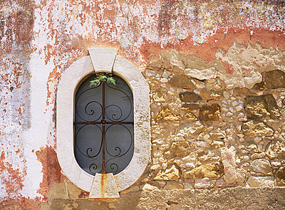 Small window - p92410082f by Image Source