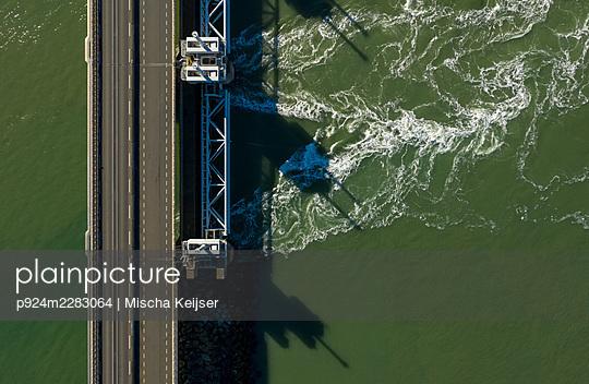 Netherlands, Zeeland, Vrouwenpolder, Eastern Scheldt storm surge barrier - p924m2283064 by Mischa Keijser
