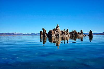 Mono Lake - p719m1511405 by Rudi Sebastian