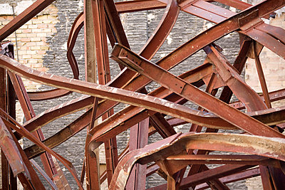 Steel bar - p7490027 by Peter Wolf