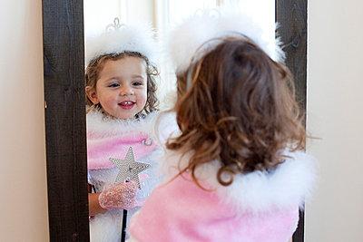 Little fairy - p7560165 by Bénédicte Lassalle
