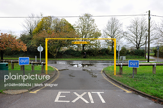 Exit - p1048m989434 by Mark Wagner