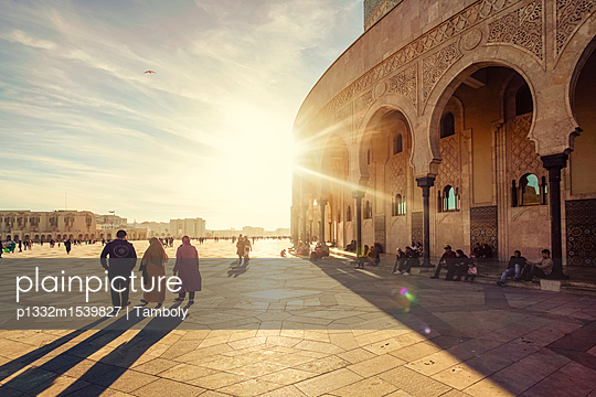 Grand mosque in Casablanca in Autumn, late afternoon - p1332m1539827 by Tamboly