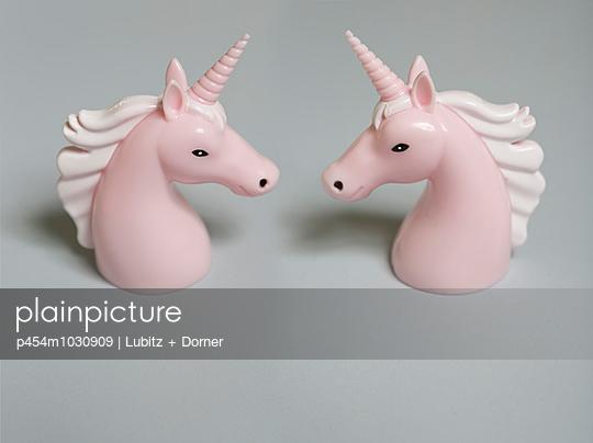 Unicorns - p454m1030909 by Lubitz + Dorner