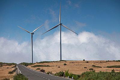 Windenergie - p060m902924 von Dieter John