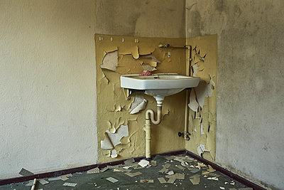Verfallene Jugendherberge - p1200m1131537 von Carsten Görling