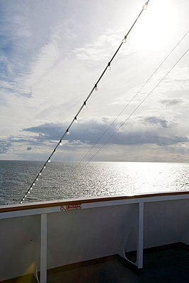 Sun deck - p781m823266 by Angela Franke