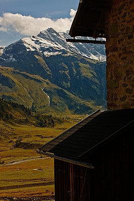 Berge - p887m1124817 von Christian Kuhn