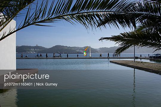 p1072m1163401 von Nick Gurney