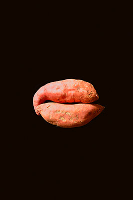 two sweet potatoes - p876m2073380 by ganguin
