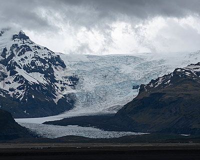 Iceland, Skaftafell National park, Glacier - p1549m2158042 by Sam Green