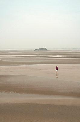 Spaziergang bei Ebbe - p470m1591898 von Ingrid Michel