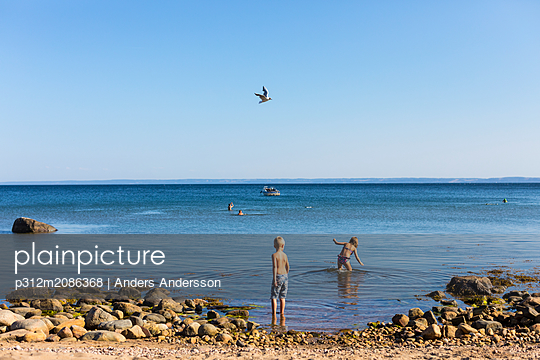 Children at sea - p312m2086368 by Anders Andersson
