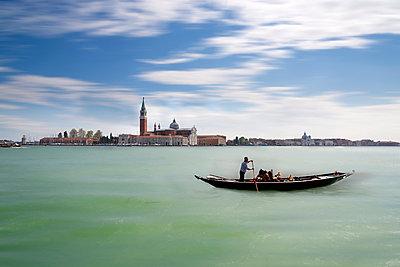 Italy, Venice, San Giorgio Maggiore with gondolier - p300m1032888 by Markus Kapferer