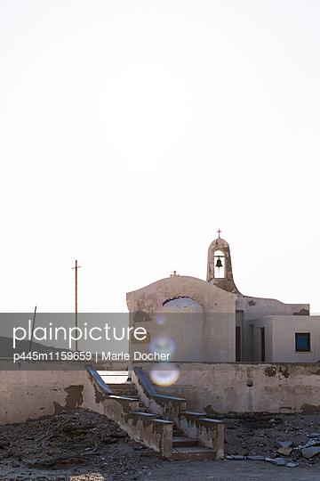 Kirche am Meer - p445m1159659 von Marie Docher