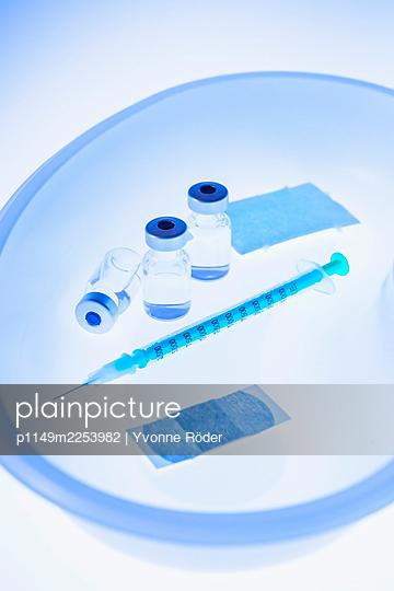 Impfung - p1149m2253982 von Yvonne Röder