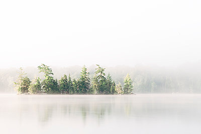 Fog over Chandos Lake - p1065m982631 by KNSY Bande