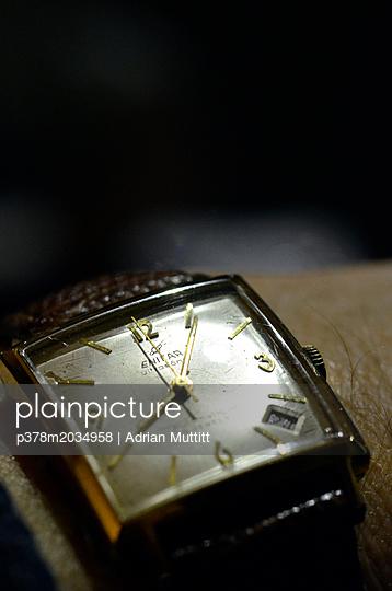p378m2034958 von Adrian Muttitt