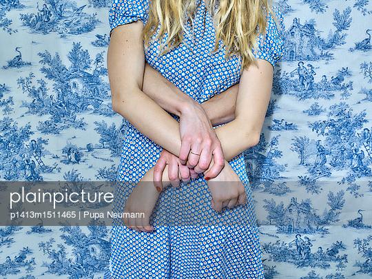 hands - p1413m1511465 by Pupa Neumann