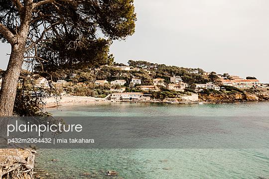 Strand von Sanary-sur-Mer - p432m2064432 von mia takahara