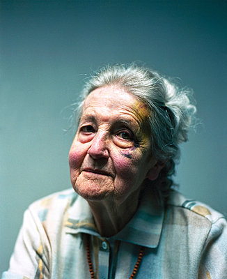Elderly woman - p1088m902218 by Martin Benner