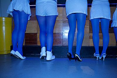 Blaue Clique - p1289m1123993 von Elisabeth Blanchet