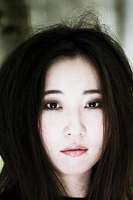 Portrait of female Asian  - p958m1446322 by KL23
