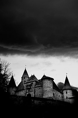 Thunderstorm - p2480737 by BY