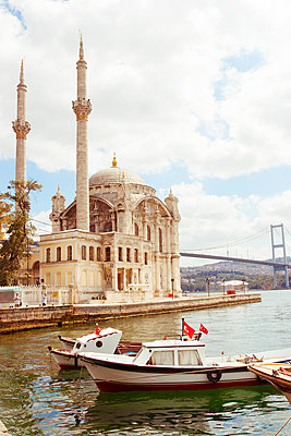 Bosphorus - p432m1051111 by mia takahara
