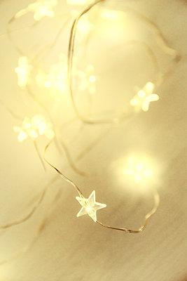 Fairy lights - p879m1526136 by nico