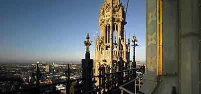 London panorama - p8550435 by Richard Bryant