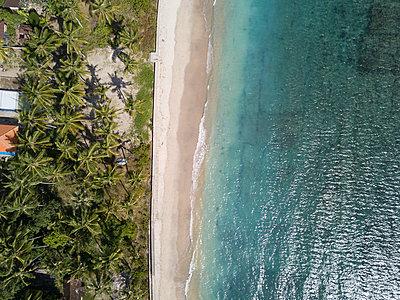 Aerial view, Dream beach - p1108m2090338 by trubavin