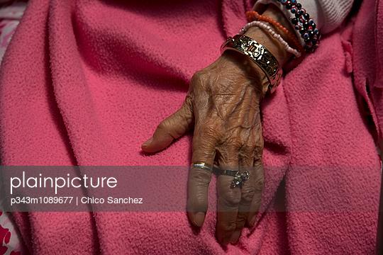 p343m1089677 von Chico Sanchez