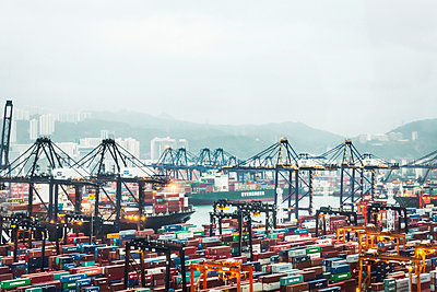 View of container port - p429m898293 by Alan Graf