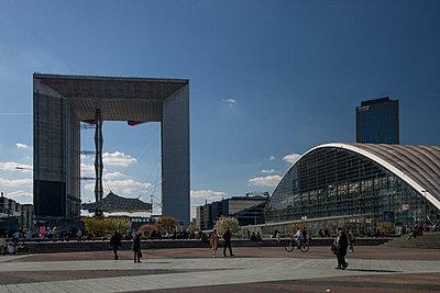 Arche de la Défense, Paris - p942m1128498 by albinmillot