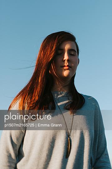 Blue Skies - p1507m2165725 by Emma Grann