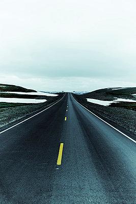 Gray Asphalt Road - p248m821950 by BY