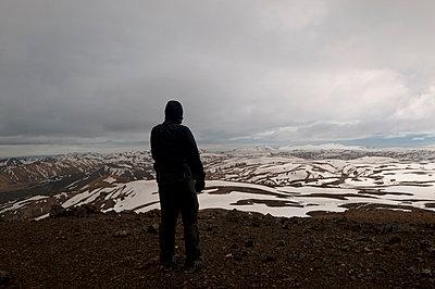 Blick über Landmannalaugar - p470m1556397 von Ingrid Michel