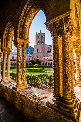Monreale Cathedral (Duomo di Monreale) - p871m884395 by Matthew Williams-Ellis