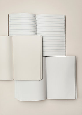 Three notebooks - p971m1115452 by Reilika Landen