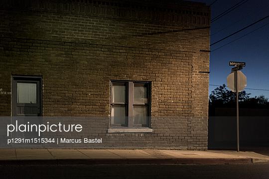 Brick House - p1291m1515344 by Marcus Bastel