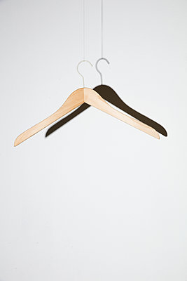 Kleiderbügel - p1212m1425880 von harry + lidy