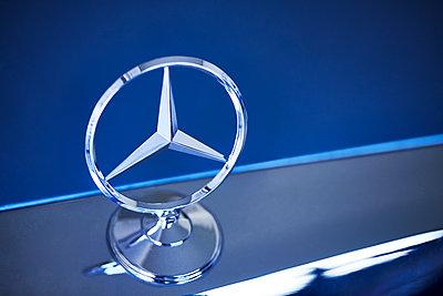 Mercedes-Benz Stern - p851m2245587 von Lohfink